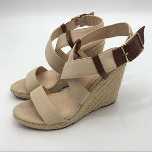 Banana Republic Canvas Rope Espadrille Wedges 8.5